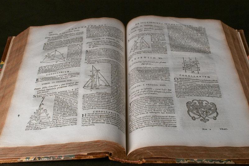 Tacquet, Andrea. Element Euclidea Geometriae. Neapoli : Espensis Josephi Antonii Elia, 1744.  Copyright. 2011 Nadine Beysseriat / iCAP – UCBL