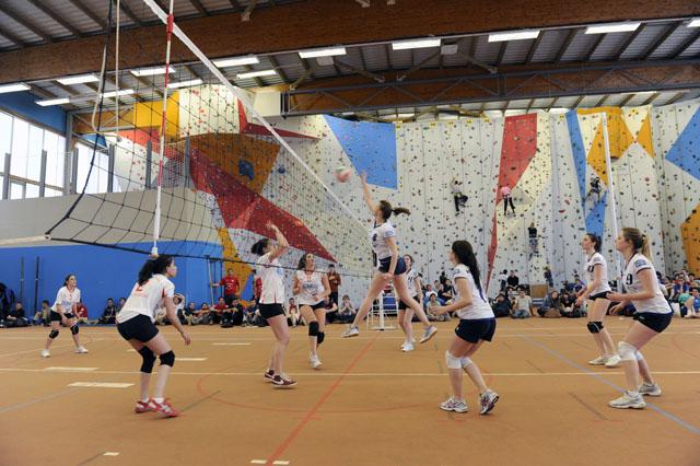 Sport - Volleyball & escalade tounoi IUT UCBL